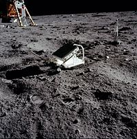 200px-Apollo_11_Lunar_Laser_Ranging_Experiment.jpg