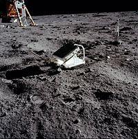 200px-Apollo_11_Lunar_Laser_Ranging_Experiment.jpg